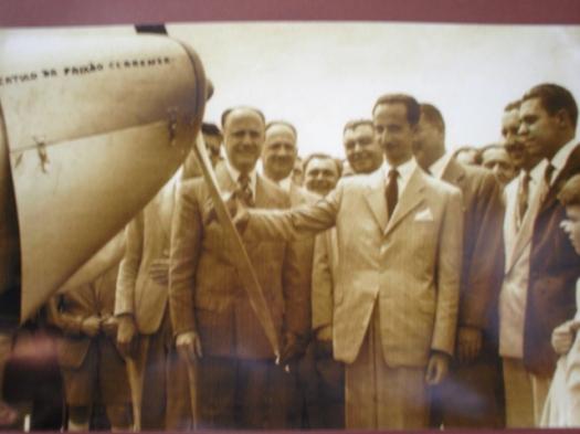 """Avião """"Catulo da paixão Cearense"""""""