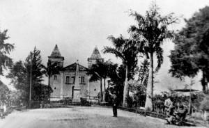 Vista da primeira Igreja de Santa Bárbara das Canoas fundada em 1855