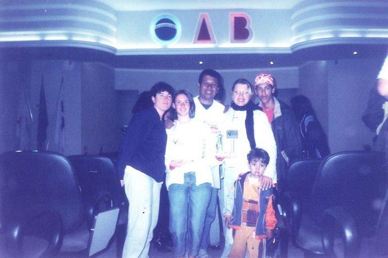 prêmio de revelação para Gabrielle Madeira - Autópsia em Conselheiro Lafaiete 2004