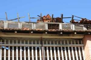 O prédio está sendo destruído pelo tempo e pelo descaso do Dep. de Cultura