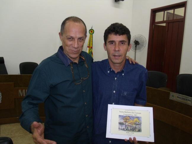 Noite de autógrafos na Câmara Muncipal de Guaranésia.